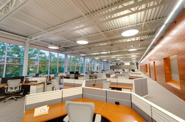 advantus oldenburg tech center visa lighting. Black Bedroom Furniture Sets. Home Design Ideas