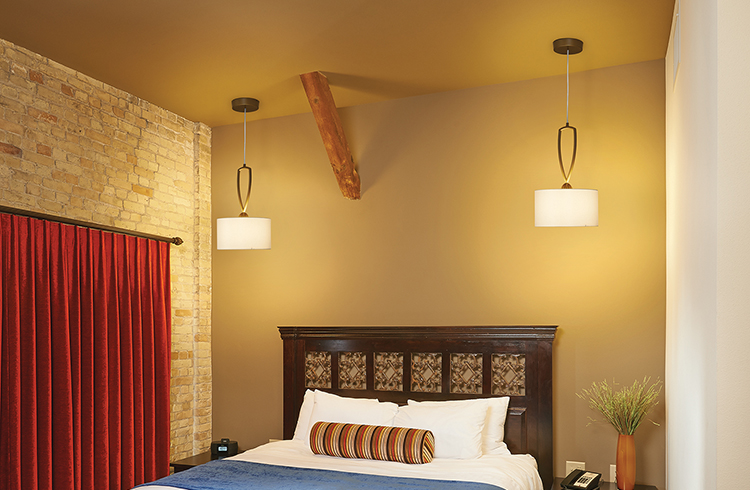 Allegro - Brewhouse Inn and Suites (Square Pendant)