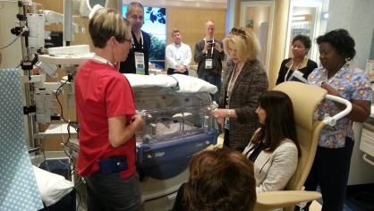 New mom orientation simulation at the IPCD Nicu Simulation Lab