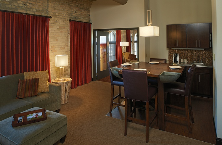 Allegro - Brewhouse Inn and Suites (Pendant, Table and Floor Lamp)
